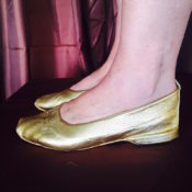 Gold Jiffy with heel